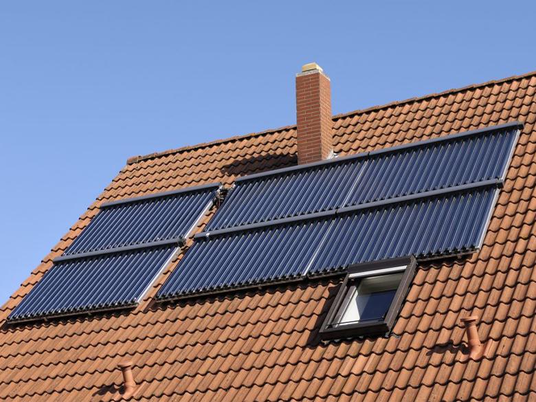repair3-Solar-Panels