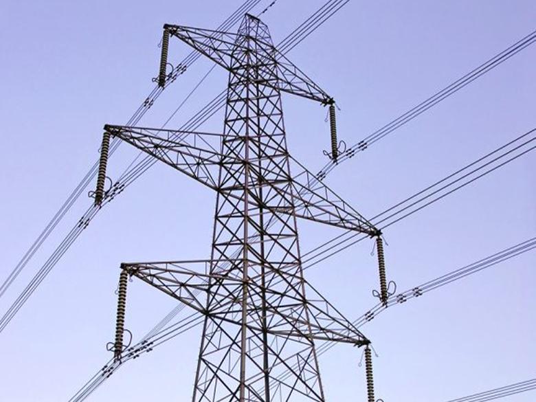 repair3-services_0000_Pylon-wires-Aust-Eng-Gloucestershire-584×1024